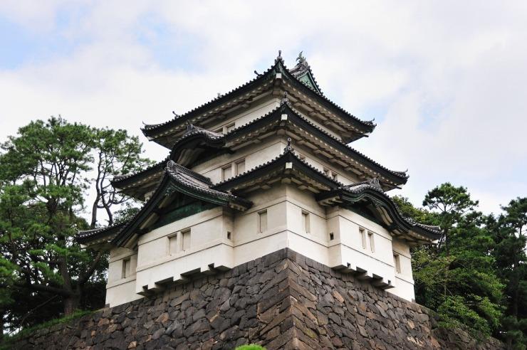 Tokyo_Imperial_Palace_fujimi_yagura
